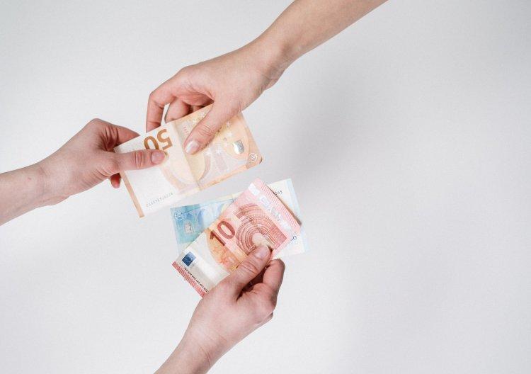 Gemiddeld valt 259 euro per jaar te besparen op je autoverzekering