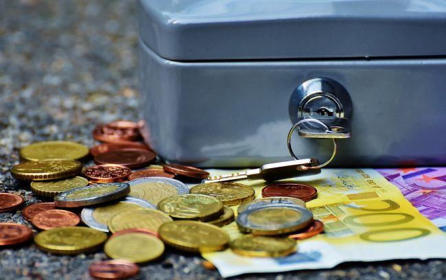 Vlamingen besparen op uitgaven door coronacrisis